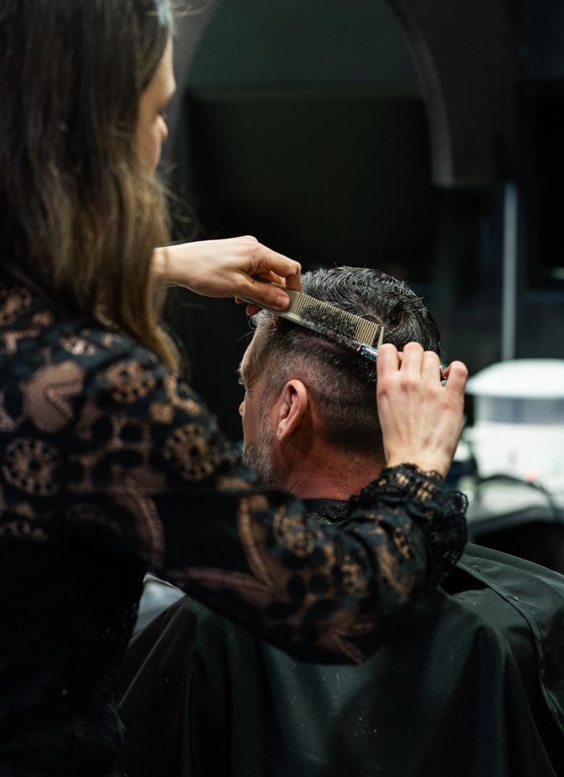 Salon de coiffure pour hommes | Barbier professionnel
