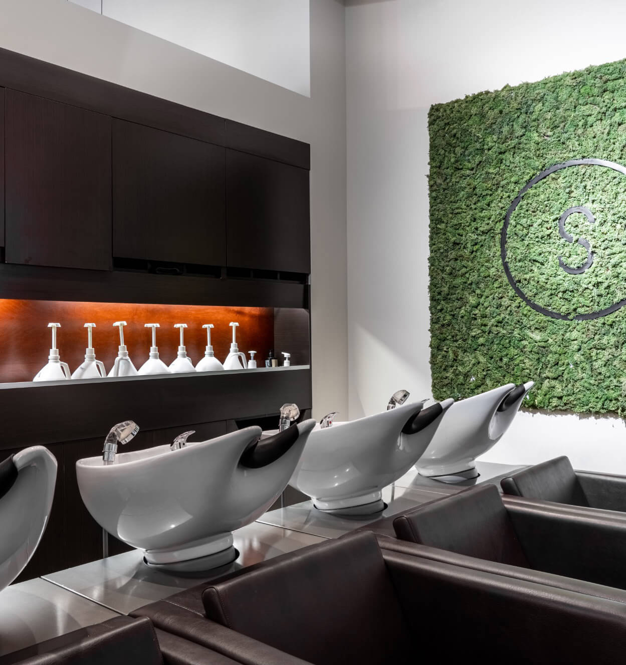 Shampoo bar | Hair massage | Modern Salon | Green Circle