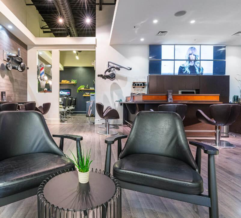 VIP room for men's hair treatment | Professional hairdresser
